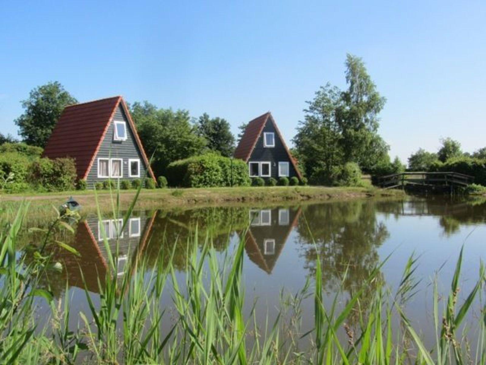Grote blokhut + 3 vissershuisjes (18 personen)