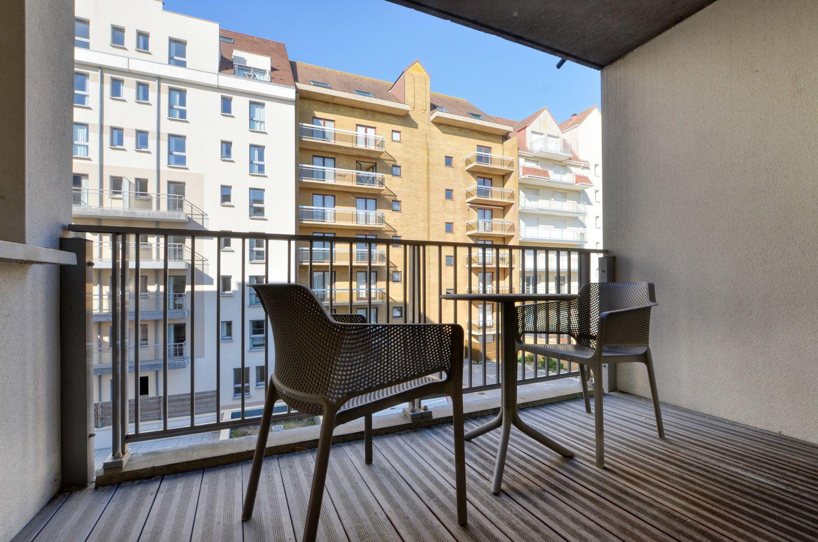 Vakantieverblijf voor 6 personen (4 volwassenen - 2 kinderen) met terras