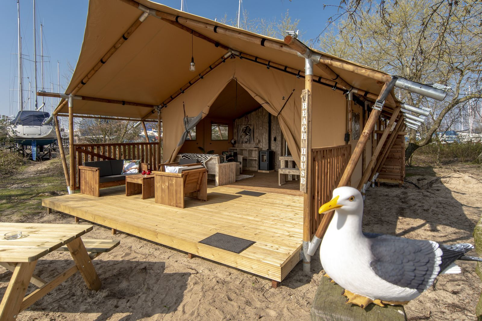 Safari-Lodge XL für 6 Personen