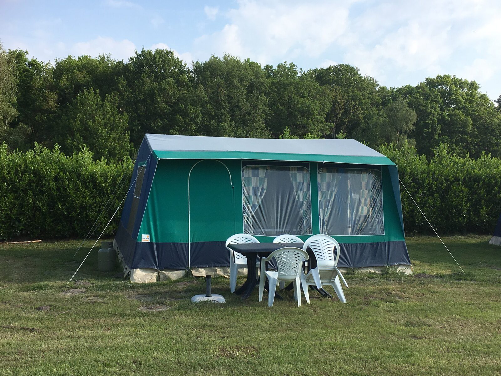 Rental tent Bungalow 4 p.