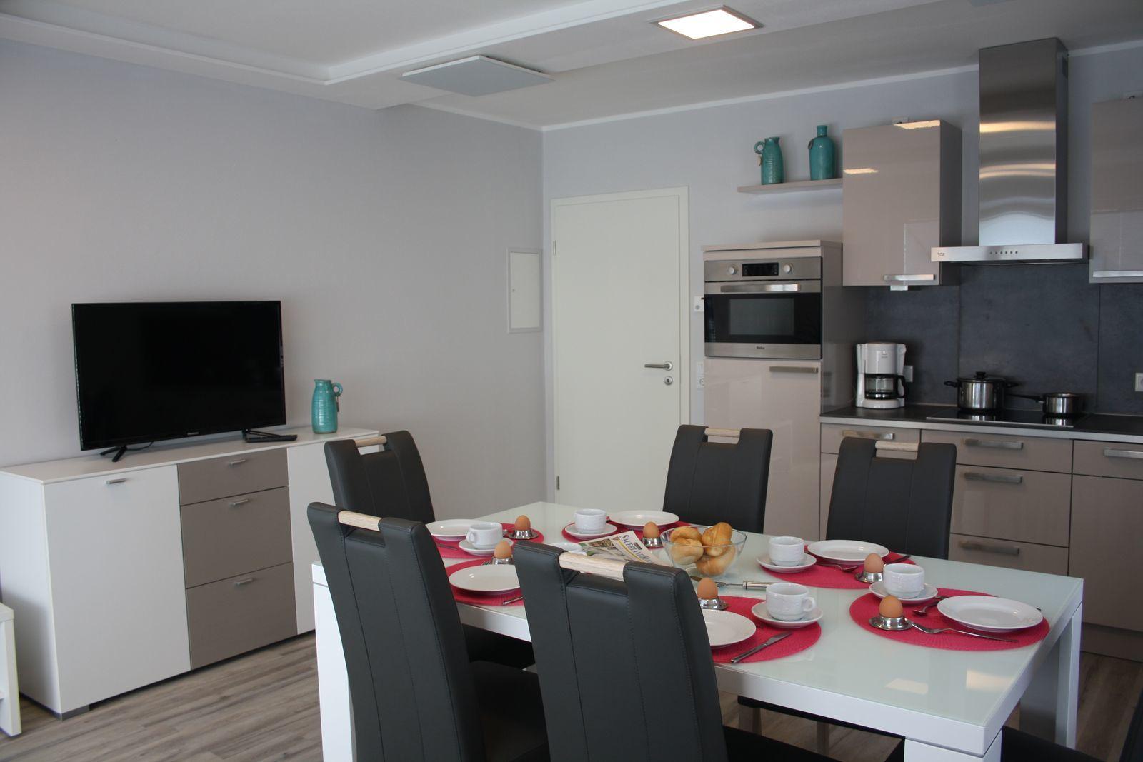 Apartment(s) - Comfort 8 Personen [2 Apartments: 1 x 6-Pers. + 1 x 2-Pers.]