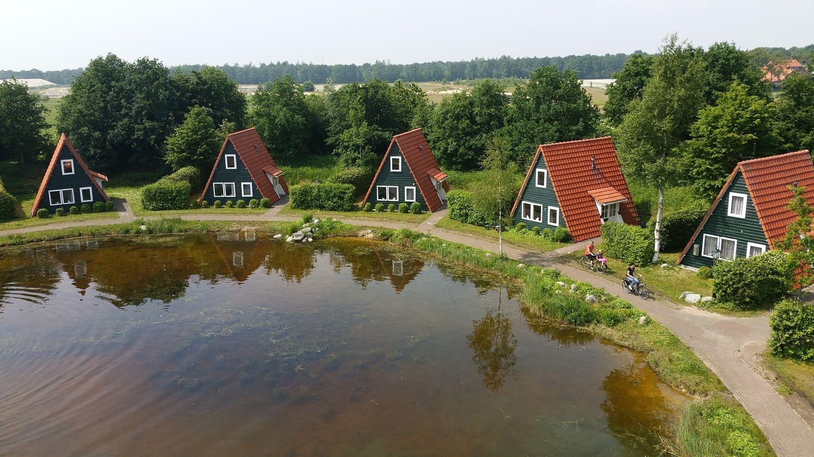 Afbeelding van Silo met 5 vissershuisjes (30 personen)