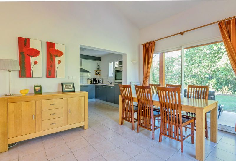 6 persoons Vrijstaande Villa 42 op vakantiepark Rives de l Ardeche met zwembad (Villa 42 geschikt voor 6p)