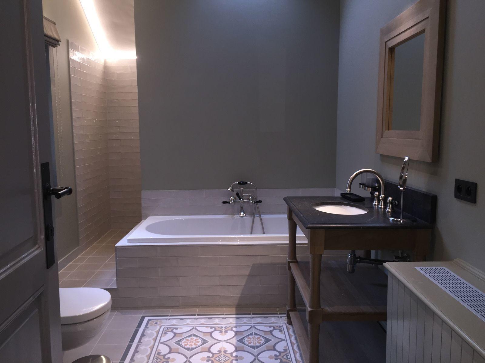 Chambre pour deux personnes avec salle de bains privéé