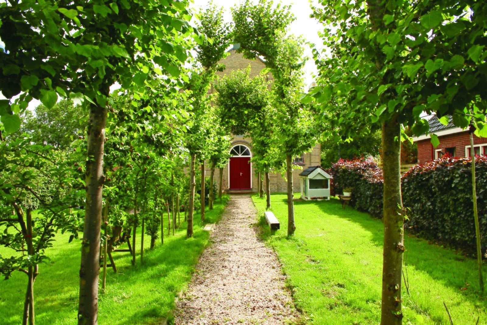 Dorpskerk - bijzonder vakantieadres in Friesland