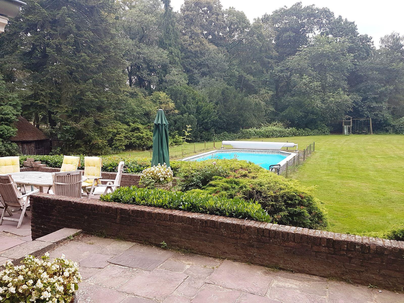 Afbeelding van Landhuis Buitenverblijf de Valk - vakantiehuis in Brabant met zwembad en tennisbaan