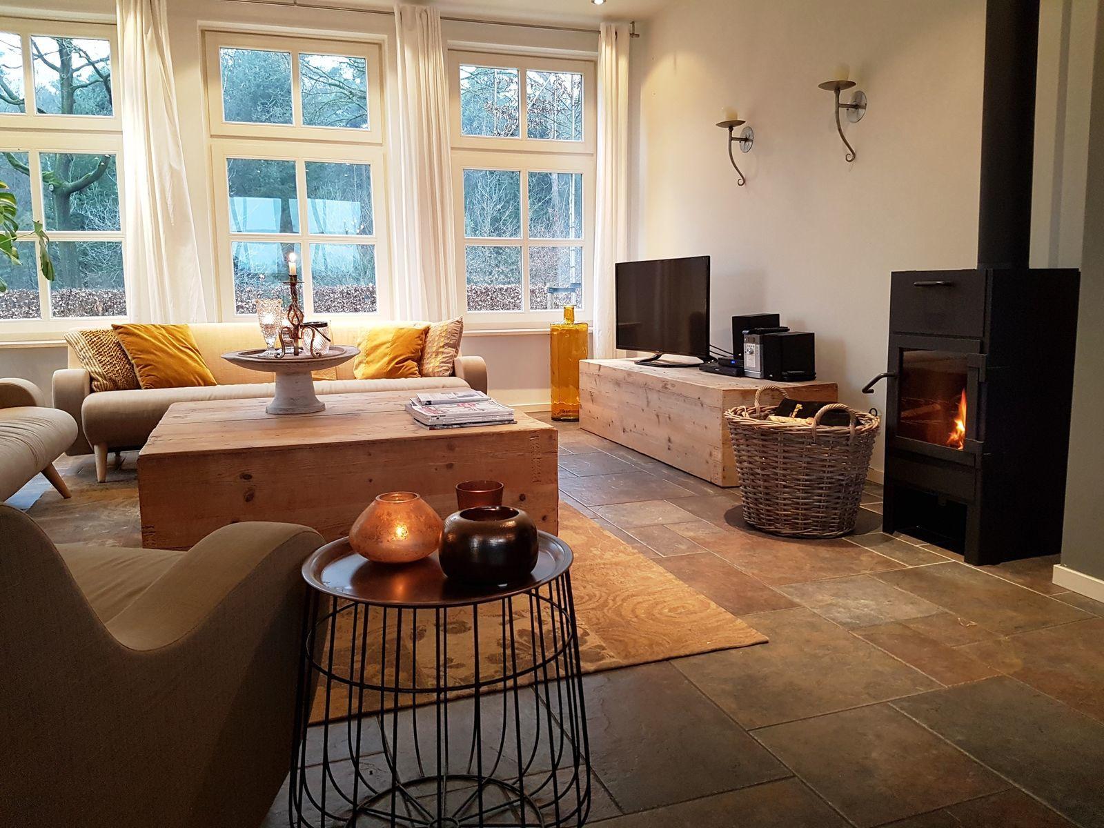 Vergezicht groot en luxe vakantiehuis in Brabant