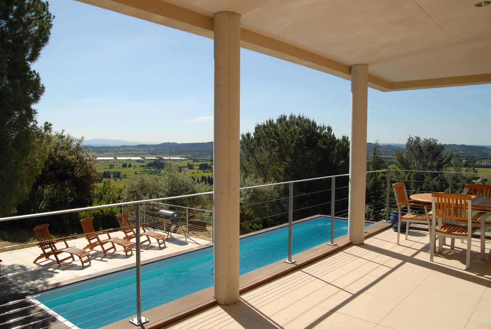 Villa La Vue 1 - luxe vakantiehuis met zwembad in Frankrijk