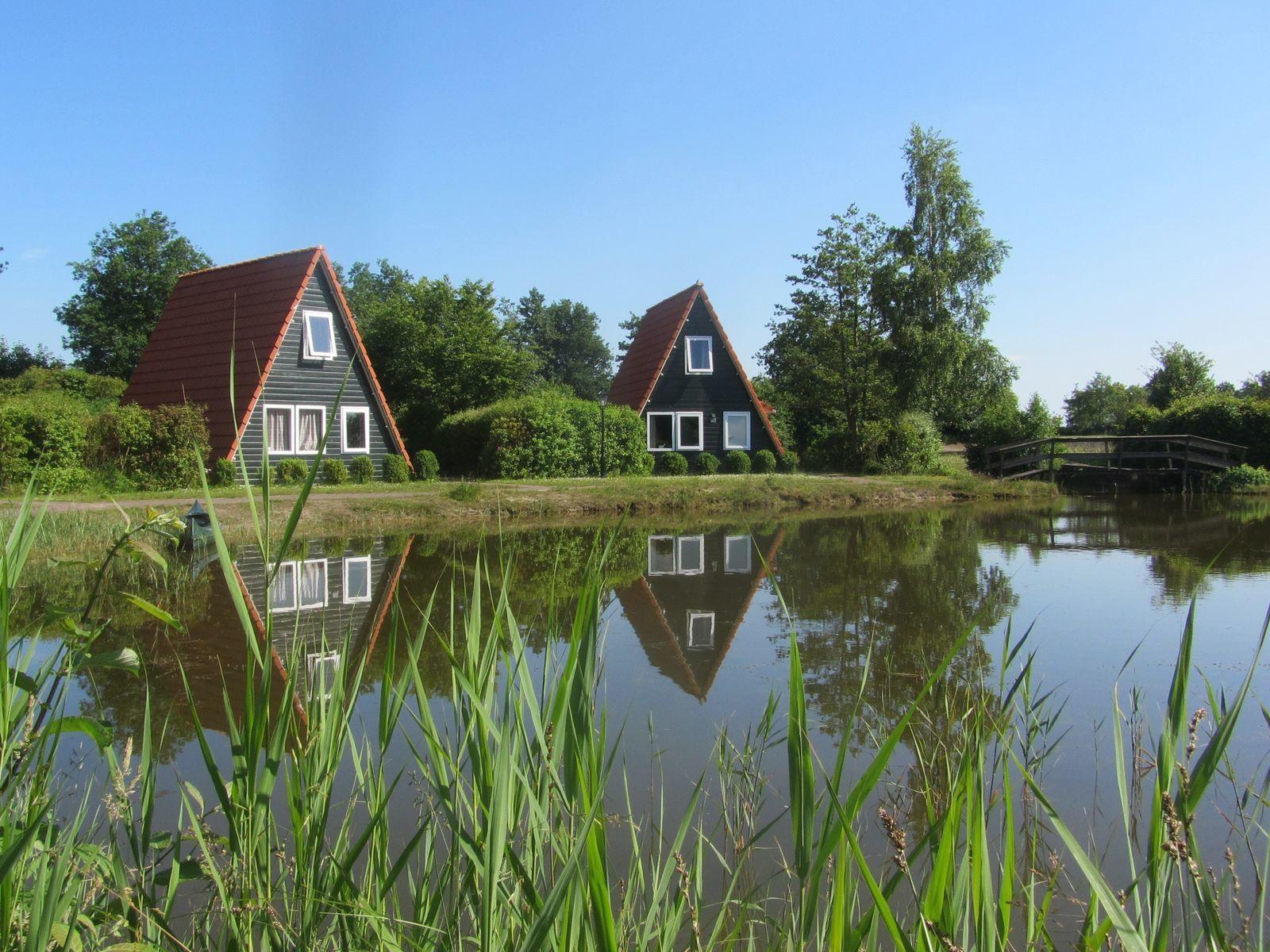 Kapschuur met 8 vissershuisjes (48 personen)