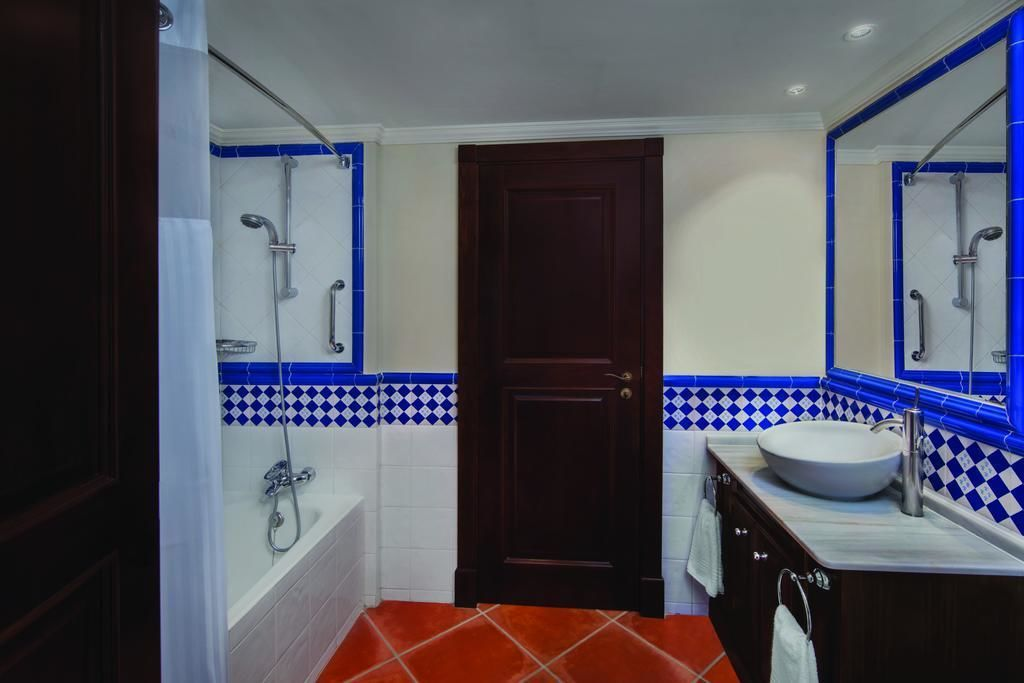 Image of Playa Andaluza (Estepona, Costa del Sol) 2-Bedroom