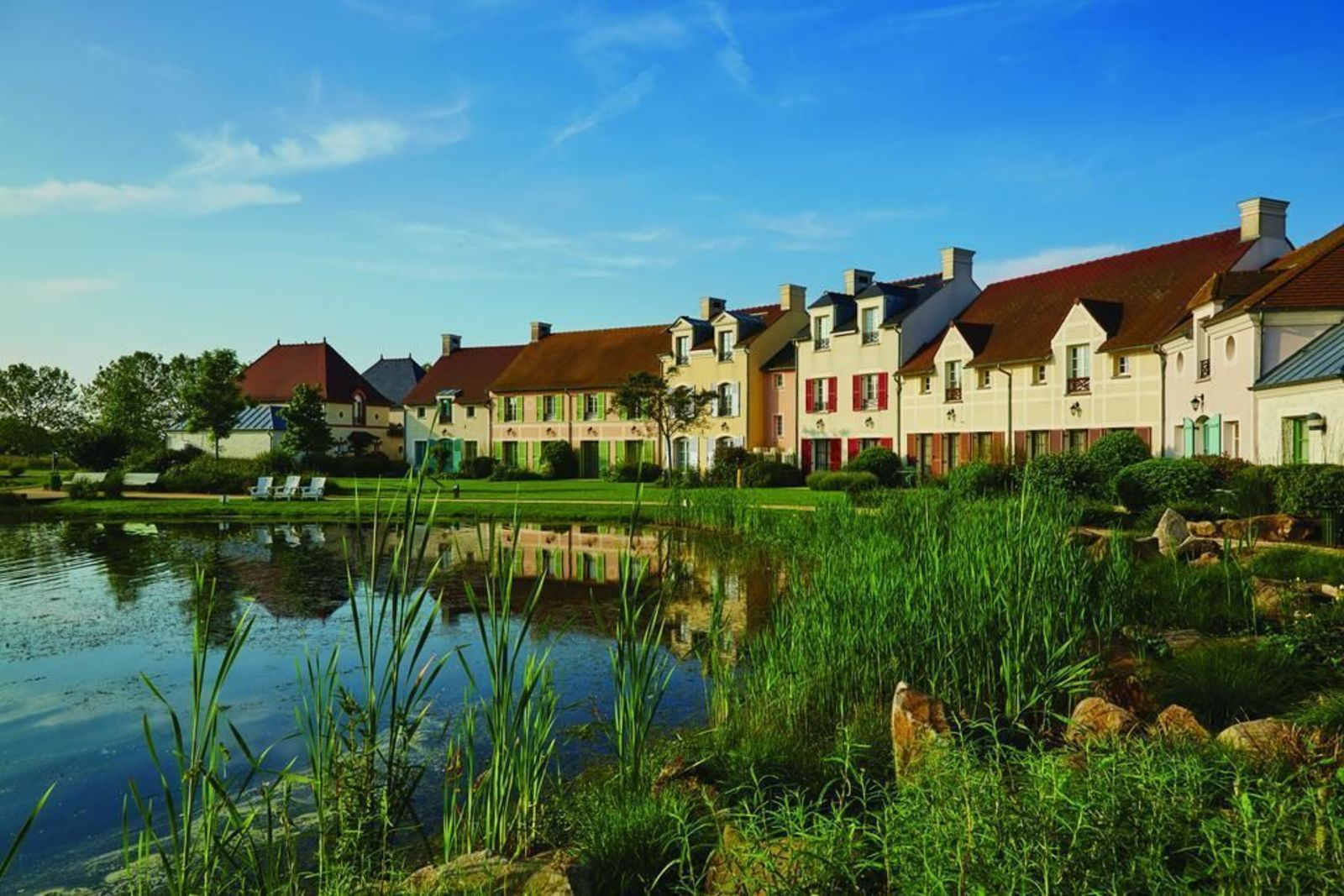Marriott's Village d'ile-de-France, Estudio