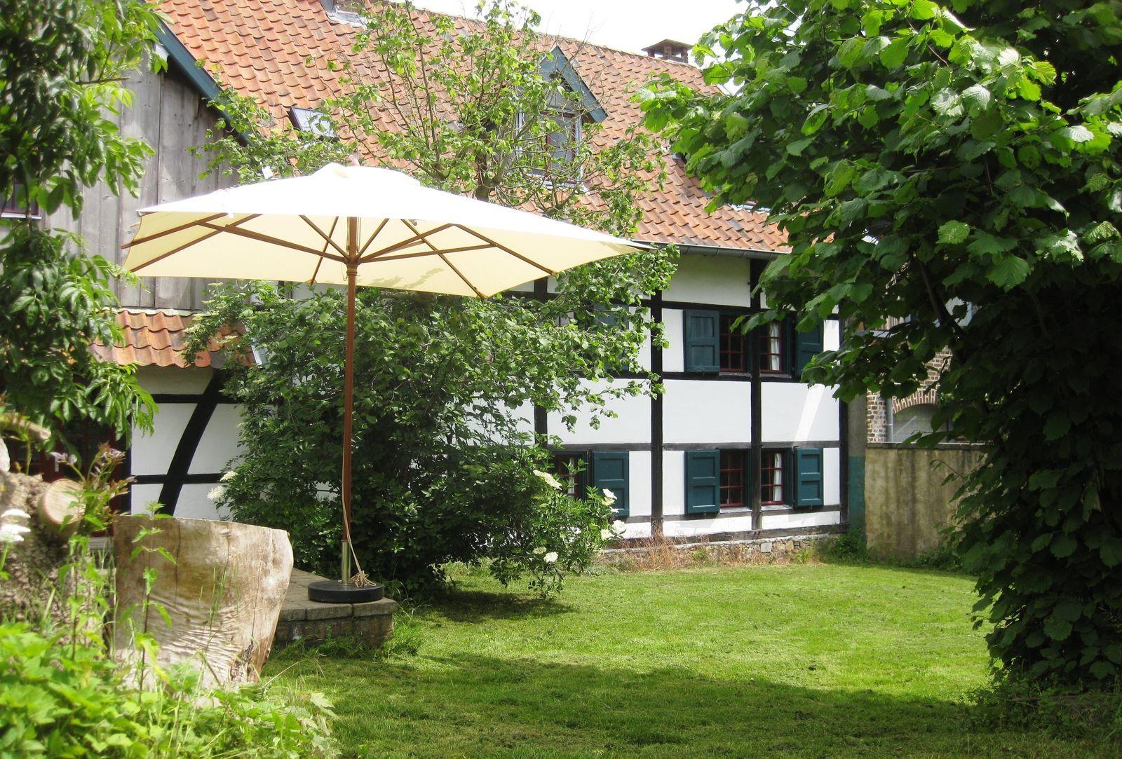 Vakwerkhuis schuur weekendje weg in limburg voor groepen for Weekendje weg huisje open haard