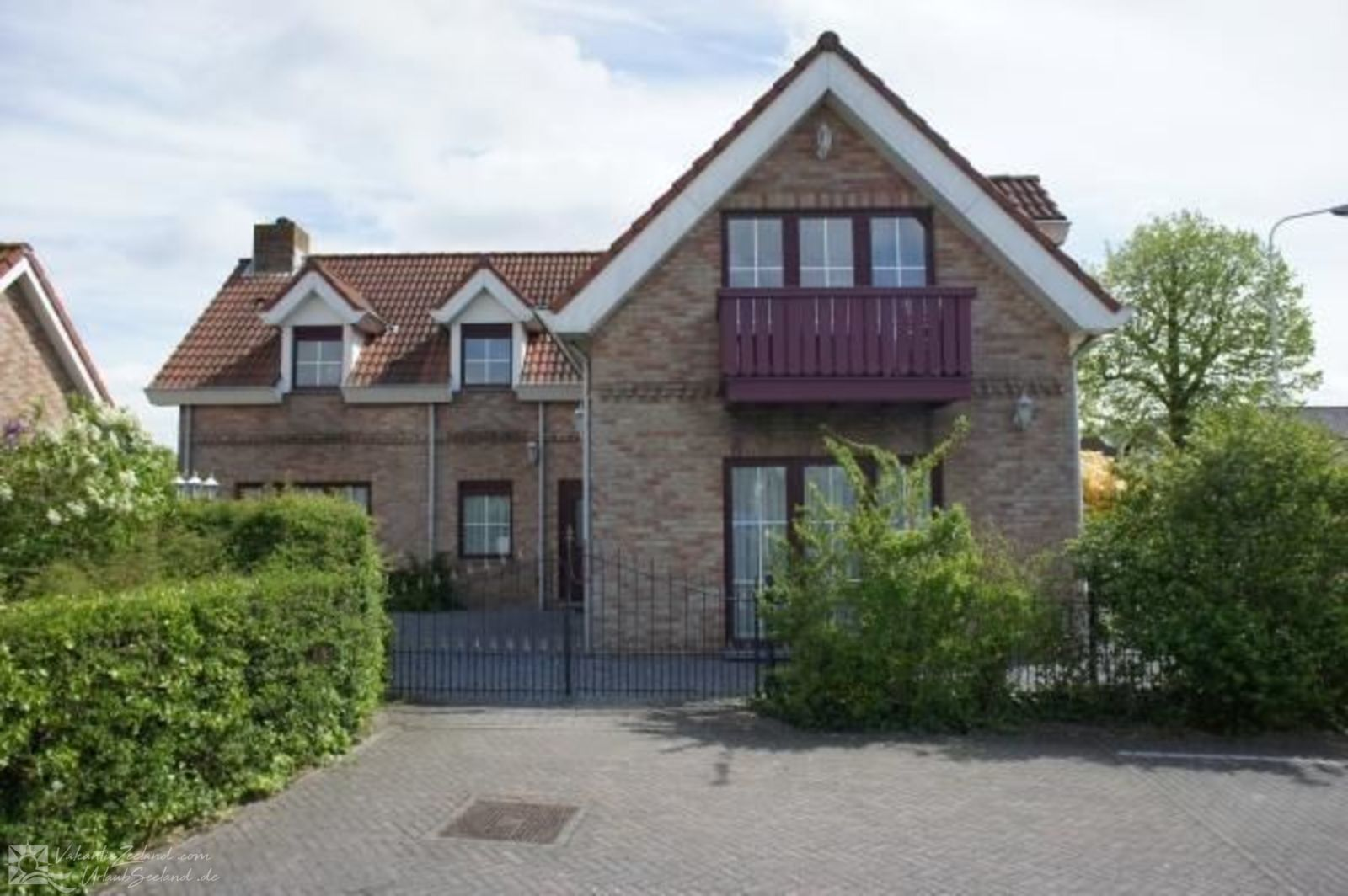 VZ024 Atelierwohnung in Groede