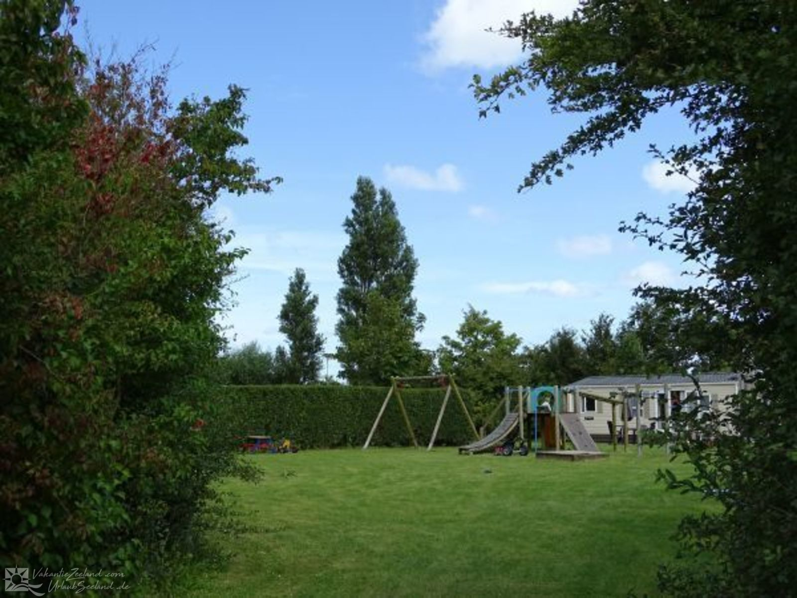 VZ245 Holiday chalet Oostkapelle