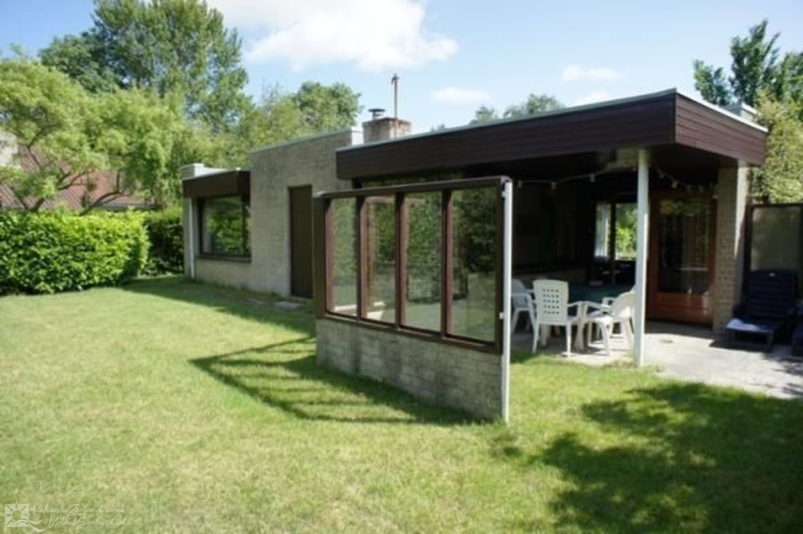 VZ040 Holiday Home Burgh-Haamstede