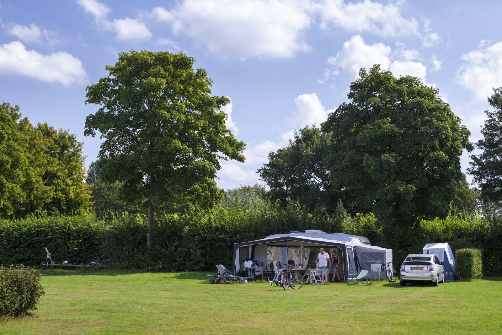 Campingplatz 10 Ampere mit privaten Sanitäranlagen