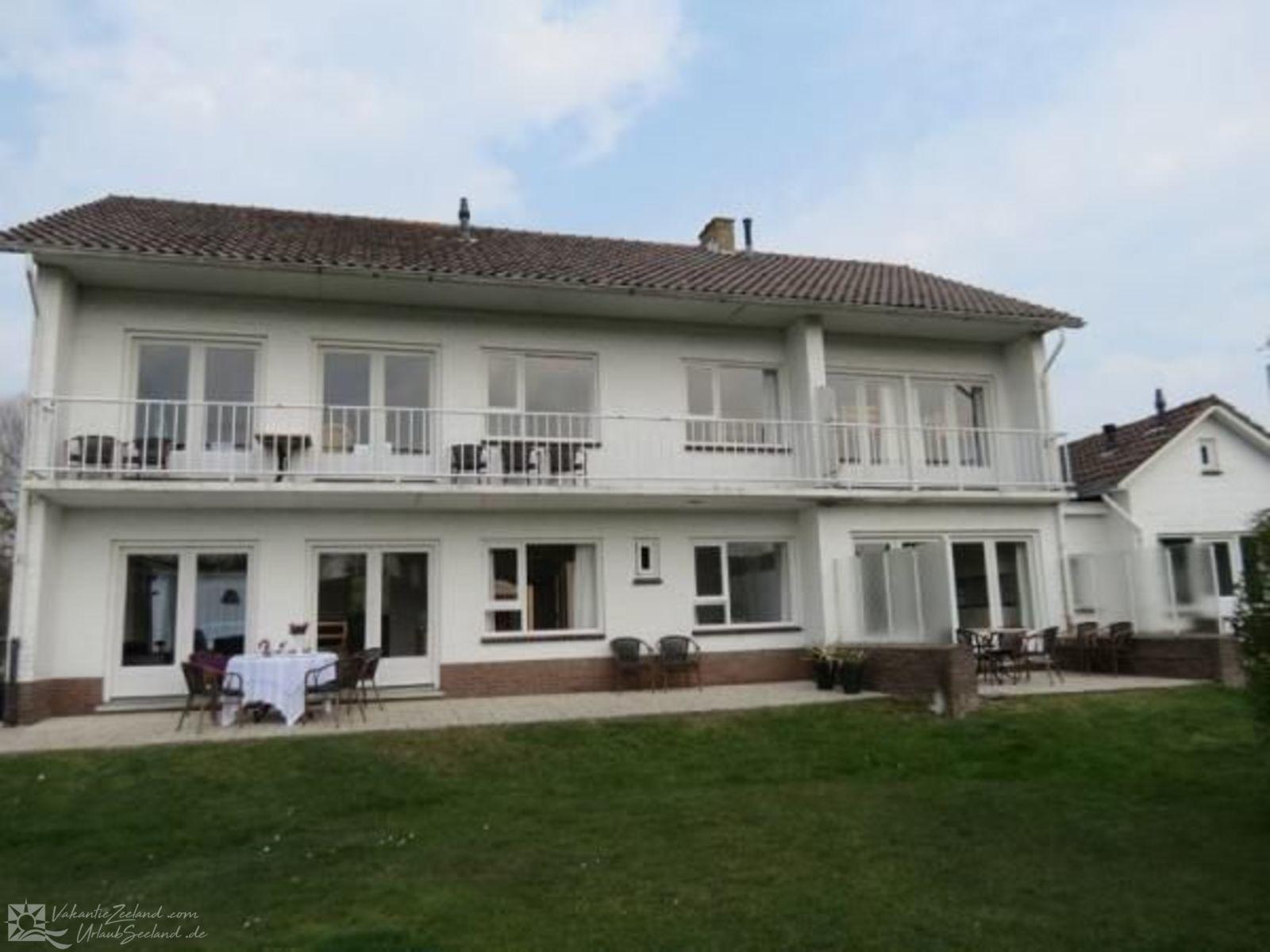 VZ314 Großzügiges Apartment Cadzand