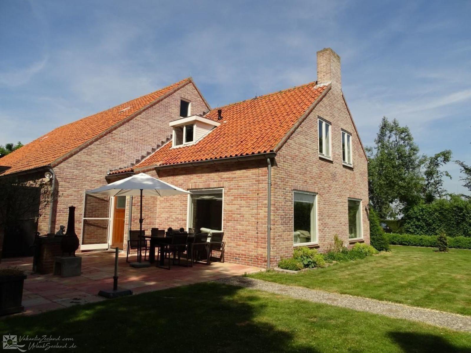 VZ556 Villa Nieuwerkerk