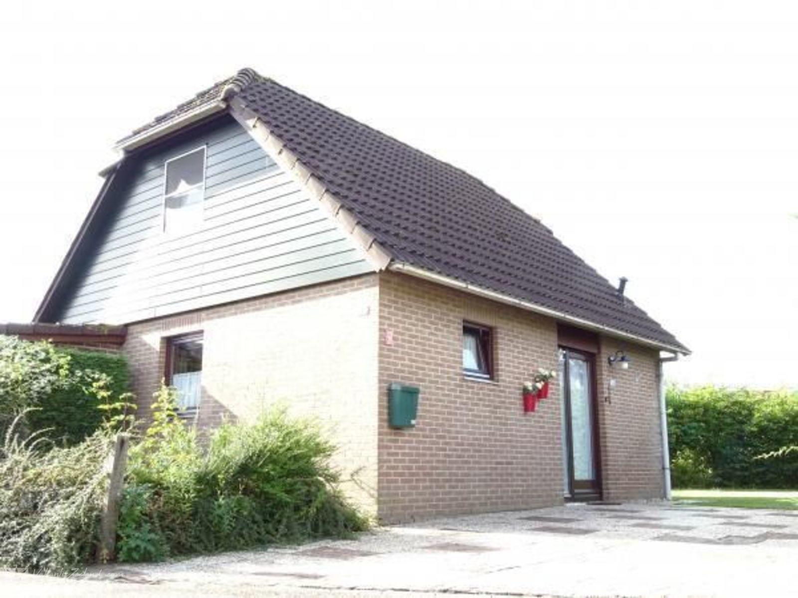 VZ589 Holiday Home Wolphaartsdijk