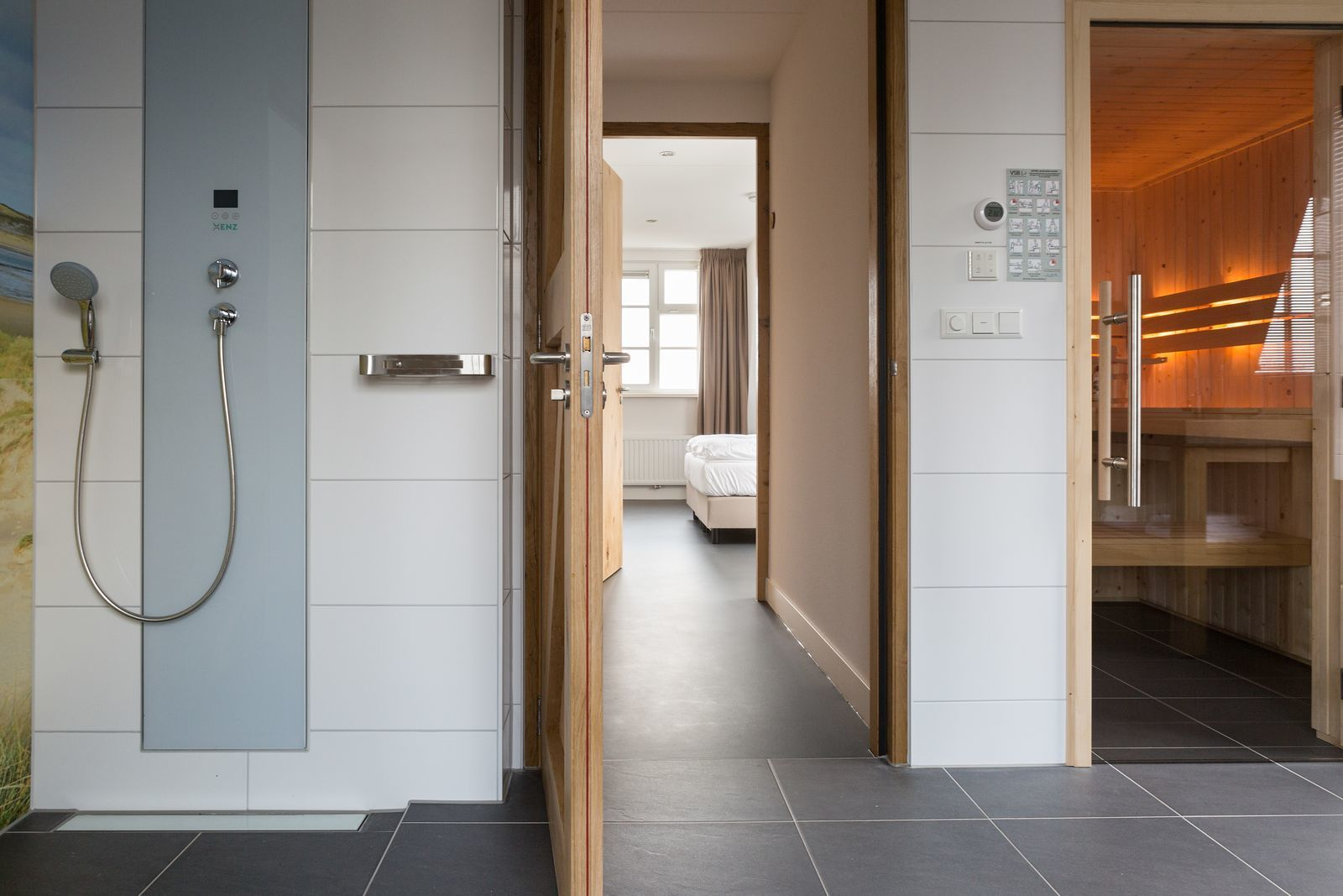Texels Landleven XL - groepsvakantiehuis met sauna en ecozwemvijver