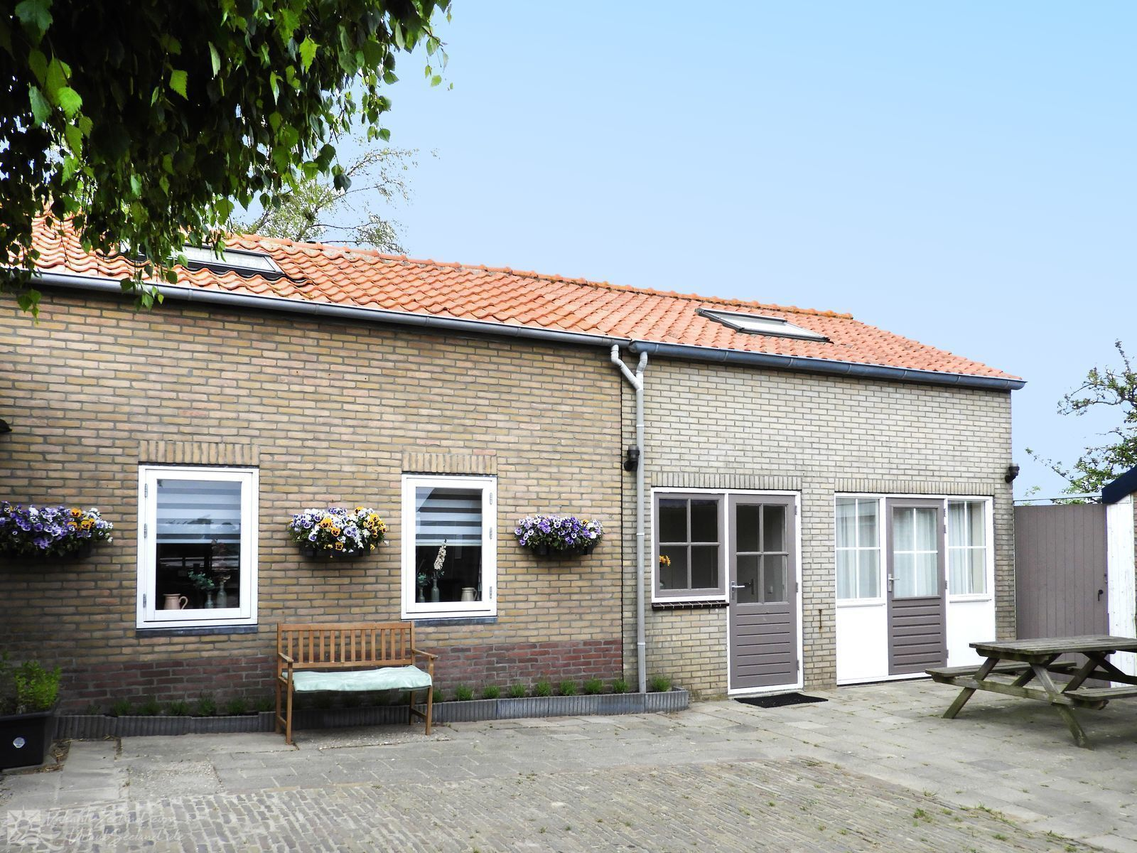 VZ116 Holiday Home Serooskerke