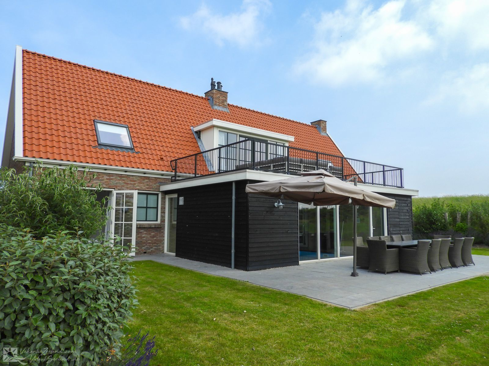 Vz151 Holiday Home With Swimming Pool Colijnsplaat