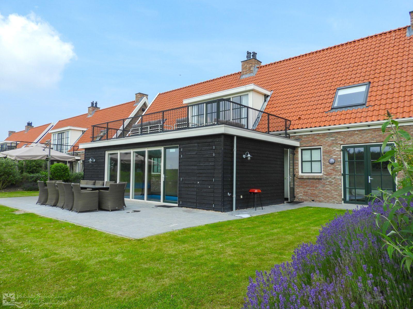 VZ151 vakantiewoning met Zwembad Colijnsplaat