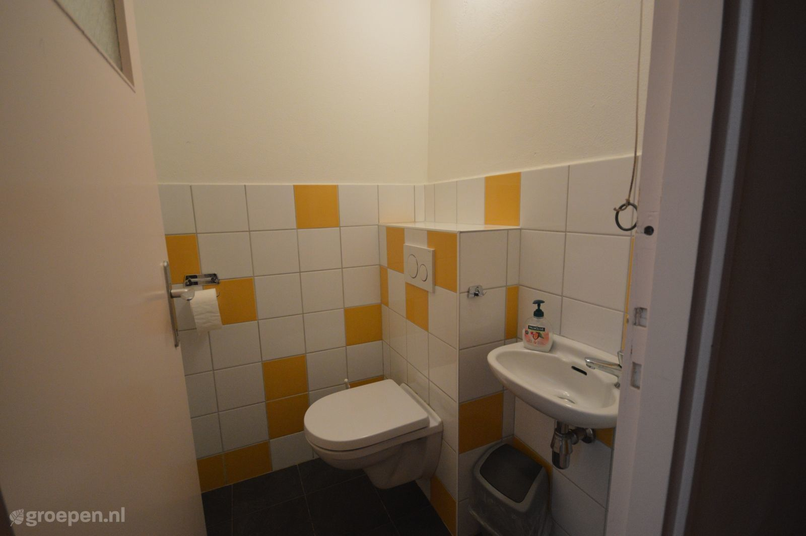 2e Toilet Plaatsen.Group Accommodation In Ransdaal Limburg For 60 Persons