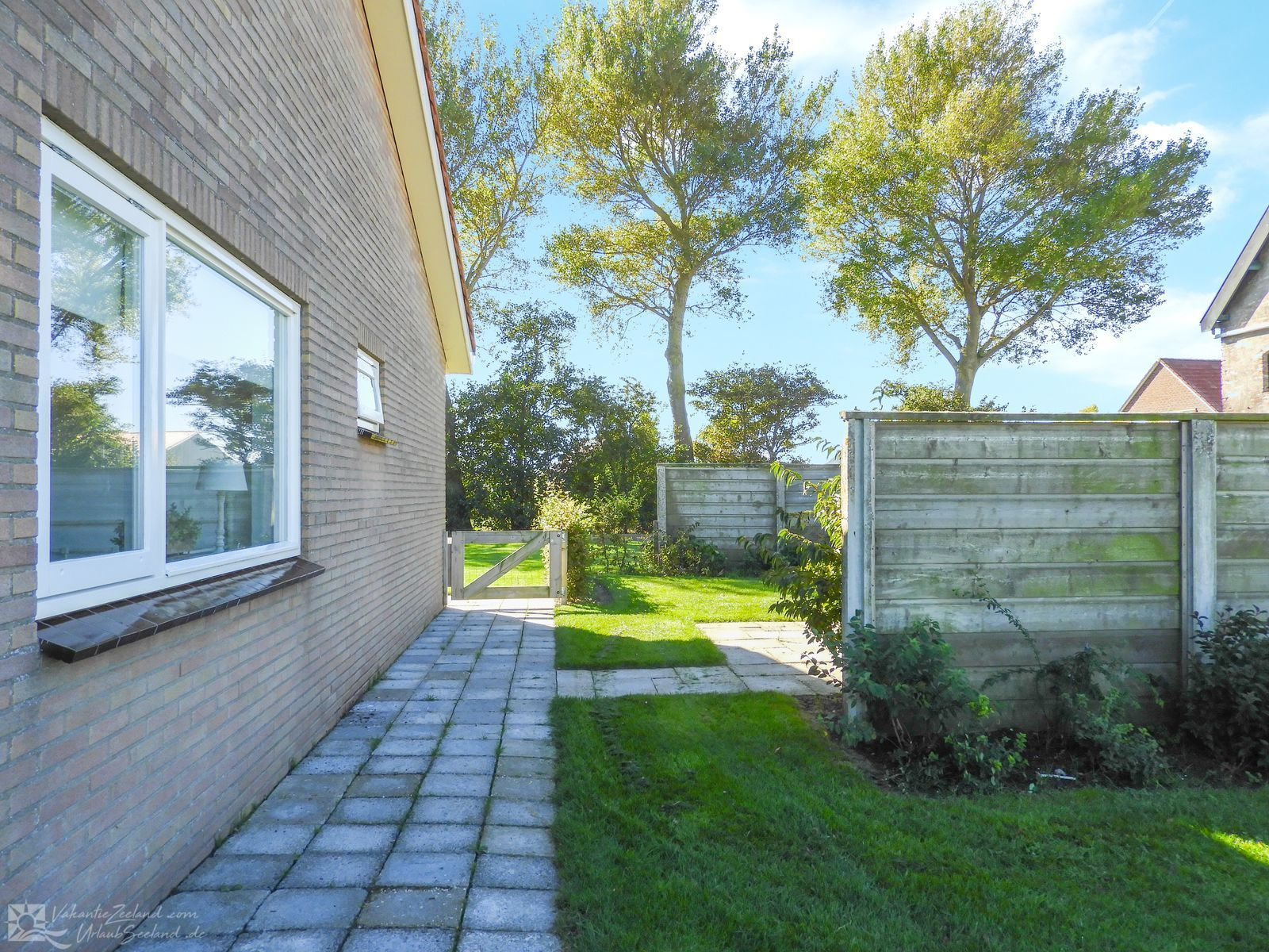 VZ557 Holiday bungalow Vrouwenpolder
