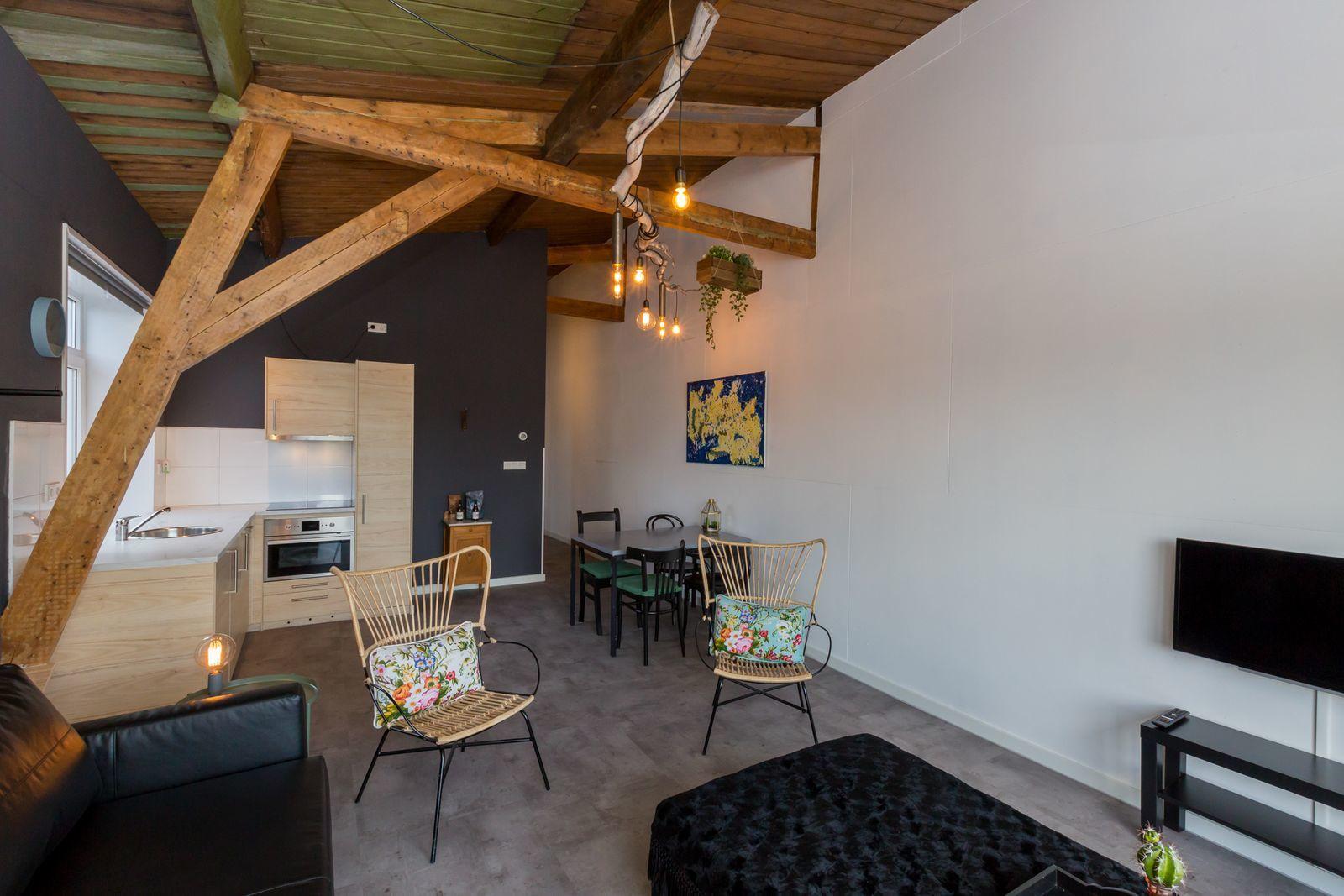 """Appartement - Dorpsplein 6 l Koudekerke """"Pleinzicht 6b"""""""