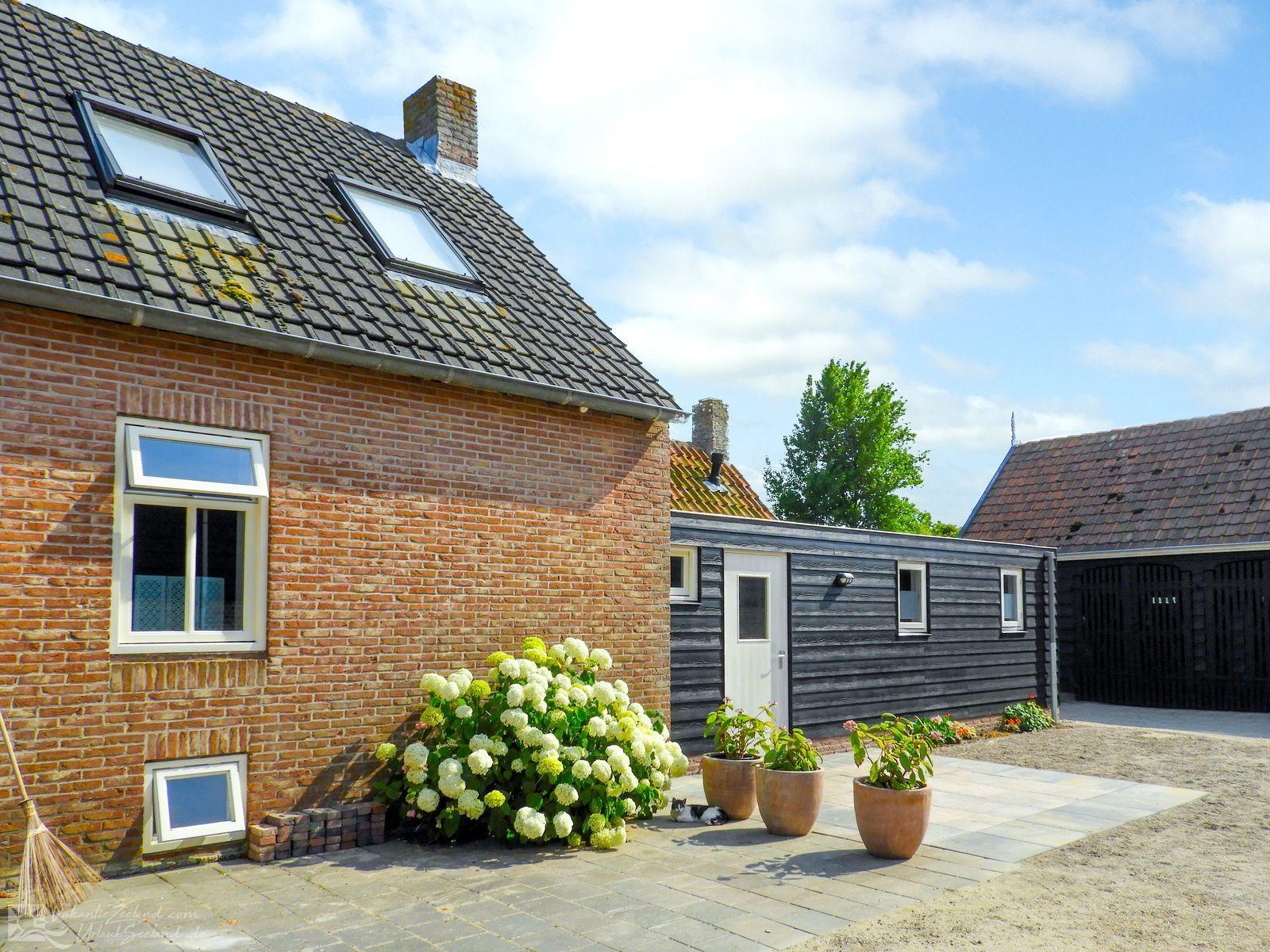 VZ718 Holiday Home Aagtekerke